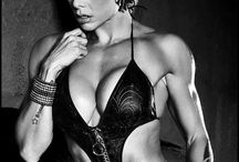 Female fitness shoot ideas / Inspiration for my upcoming fitness shoots
