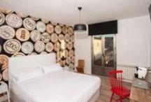 HABITACIONES / Diseño, Vanguardia, confort definen las habitaciones de la Casita de la Planta.