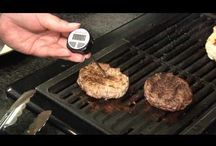 Grilling tips / For any type of grill, and any brand accessory. Even the most experienced griller can learn a thing or two.