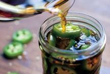 Pickled Peppers / Serving up the best recipes for Pickled Peppers on the planet!