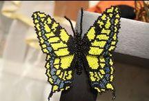 Мое вязание и бисер / Хобби: цветы и бабочки из бисера, вязанные вещи для детей и взрослых, вязанные предметы интерьера
