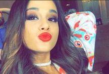 Ariana Grande / moonlight queen