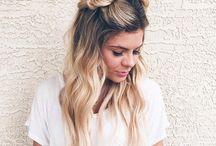 HAIRlich! / Von glatt bis lockig über geflochten, die verschiedensten Frisuren könnt Ihr hier finden. Auch gerne zum nach stylen!