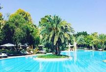 CHILL / Let's chill by the pool. The Es Saadi Palace swimming-pool is one of the largest ones in Marrakech - 2,400 sqm. Enjoy !