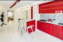 Minimalist apartment with Marsala touches