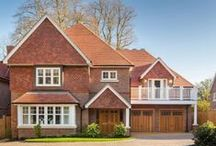 New Build Homes For Sale / Here are some of the most stylish new build homes for sale through New Home Finder. We hvae everything from flats to mansions all from the UK's top homebuilders...