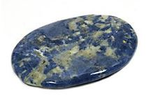 Zodiac Crystals for Sagittarius / November 23rd - December 20th. The ninth sign of the Zodiac and is associated with travel and expansion.Individuals born under this sign are thought to have a straight-forward, dynamic, highly intelligent, extremely clever, ethical, humorous, generous, open-hearted, creative, compassionate, and energetic character, but one which is also prone to restlessness, impulsiveness, impatience, recklessness and childish ness. http://www.crystalage.com/crystal_information/birth_signs/sagittarius.cfm