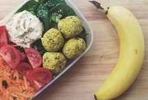 Vegan LunchBox Ideas / A bunch of ideas to pack for a yummy plant-based lunch!