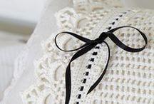Crochet & Knitting  / by Isabel Agudelo