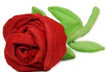 Rose For A Rose /  Huge collection of rose day flowers and gifts. Choose the best and send across India free shipping.