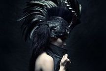 ~To costume... / Leave yourself at the door in imaginative costume, a new meaning of dress-up...
