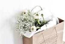 F L O W E R S / Fresh flowers make us happy!