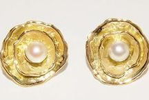 Pearls / We love Pearls, but with a modern touch