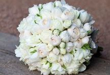 Repins-Wedding bouquet / by Florist Montreal