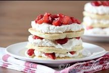 Fun Pancake Recipes Your Family Will LOVE! / Pancakes for all occasions. Healthy.. Sweet.. Paleo .. Gluten free