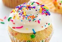 Cupcakes and Muffins / Mouthwatering Cupcakes and Muffin recipes.