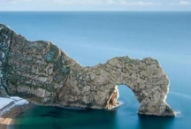Nearby coastal towns / The Jurassic coast.   Dinosaurs, fossils and beautiful beaches.