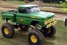 JOHN DEERE Love / Tractors? Well no. Everything else.