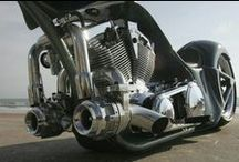 Motorcycle ENGINES on Tour / Motorcycle Motor Love while on the move with Pashnit Motorcycle Tours in California.