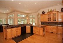 Kitchens / Kitchen Inspiration for your #DreamHome! Click on the photos to view the entire home.