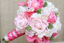 Wedding bouquets and cakes / Beautiful bouquets and cakes !!!