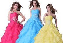 This would make me feel like a princess / Stunning dresses !!!!