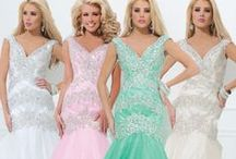 Fabulous Dresses / Stunning dresses for young and the not so young :-)