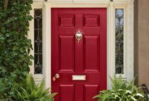 Make An Entrance / Beautiful Welcoming Front Doors and Foyers / by Lisa OBrien