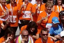 ATHENSTRAINERS RUNNING TEAM® / Η AthensTrainers Running Team, τρέχει και θα τρέχει για τους ίδιους λόγους και τις ανάγκες που την δημιούργησαν:  Είμαστε μια παρέα και τρέχουμε χωρίς εμμονές…έτσι απλά είμαστε μαζί!!!  Οι φίλοι φέρνουν κι άλλους φίλους και γνωρίζουμε νέους ανθρώπους, νέους φίλους και η παρέα μεγαλώνει!  Παρακινούμε ο ένας τον άλλον με τις προπονήσεις μας.  Μαθαίνουμε νέα πράγματα για το τρέξιμο  απ΄τον προπονητή μας αλλά κι απ΄τους παλιότερους αθλητές.  Μοιραζόμαστε τις εμπειρίες και τις γνώσεις μας.