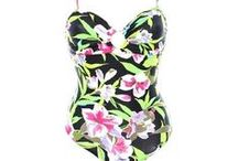 Maillots de bain Femme tendance été 2013 / Le grand défi du mois d'Août, comme chaque année, c'est d'être la plus belle de la plage (ou de la piscine). Tribway a donc pensé à vous en vous dégotant la sélection des maillots les plus tendances de l'année. Fleuris, unis, bikini ou trikini : vous serez les plus jolies!