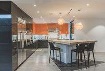 Bútoros.com - Modern lakberendezés / Napjaink építészeti és lakberendezési stílusa letisztult, egyszerű, mégis kedveli és keresi az egyszerű, elegáns megoldásokat. A funkció és a kényelem ötvöződik az esztétikummal. Ha modern, trendi városi embernek tartod magad, imádni fogod ezt a stílust.