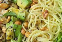 Pasta Recipes / Pasta is the busy home cook's lifesaver. These fast and simple pasta recipes will turn mealtimes into a feast in no time.