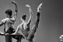 Ballet <3 / My favorite hobbie, this women and their feet inspire me. / by Maria Aldrey