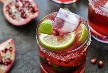 Drinkity Drinks / by Maria Aldrey
