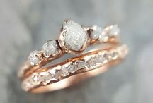 Engagement & Wedding Rings. / Rose gold, please. Simple, elegant, vintage, raw or nature inspired.