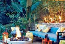 Outdoor Entertaining / Creative, fun and festive ways to host outside!