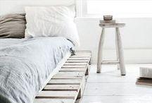 DIY pallets | Zelf maak idee met Pallets / De mooiste en leukste zelf maak inspiratie en DIY ideeën met pallets vind je op Stijlvol Styling woonblog - www.stijlvolstyling.com