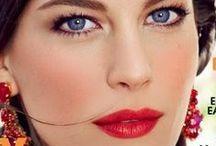 Donker Lentetype / Donkerblond tot donkerbruin haar, helder blauwe of groene ogen. Het Lentetype is mooi met donkere, heldere, warme tinten. Mag soms met een vleugje roze. Contrastrijk, glans.