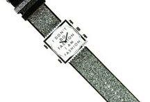 Bracelet STAMPS cuir / Bracelet STAMPS en cuir est un accessoire de mode, personnalisable et tendance. Adapté pour insérer une montre STAMPS grâce au clip en plastique. http://www.bijouterie-influences.com/search.php?search_query=cuir+stamps
