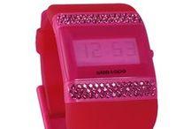 Montre WIZE & OPE / Montre WIZE & OPE propose une collection de montres design et colorées avec un concept customisable. http://www.bijouterie-influences.com/91_Wizeaope