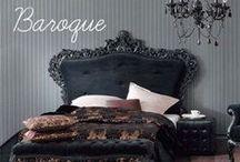 Rendez-vous à Versailles / Le style baroque traverse le temps et les siècles. Il crée une ambiance chic autour de matières nobles.