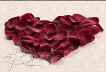 Valentines Day / Valentines style, photos, mood boards, decor, crafts and gifts.