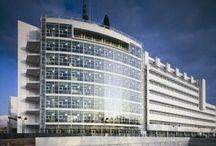 RM 1992 Canal+ Headquarters Paris, France 1988 - 1992 / RICHARD MEIER