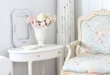 Living/Dining Room Decoration Ideas / Shabby chic, vintage and natural style decorator ideas.