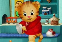 Daniel Tiger's Neighborhood / Fun printables & activities for parents and kids to do together! Great ideas for Daniel Tiger themed birthday parties, too!