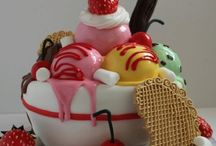 Food Cakes / by Sharyn Richards