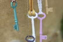 altered keys / GORGEOUS DECORATIONS MADE OUT OF ALTERED KEYS