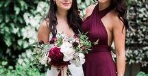 HOCHZEIT | Weinrot, Grün und Weiß / Elegant, edel, sophisticated: So lässt sich eine Hochzeit in Weinrot, Grün und Weiß beschreiben. Eine Burgundy Wedding kann wirklich sehr schick aussehen!