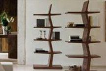 Porada Arredi - zona Giorno /  Tutto nasce dell'amore per il legno, il legno massello, lavorato con l'abilità artigianale di chi sa trasformare un tronco in una piccola opera d'arte.   Proprio da questa passione nasce Porada!