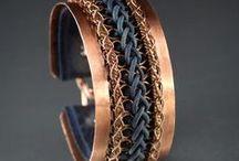 Šperky kovové / Šperky drátěné a z různých kovů